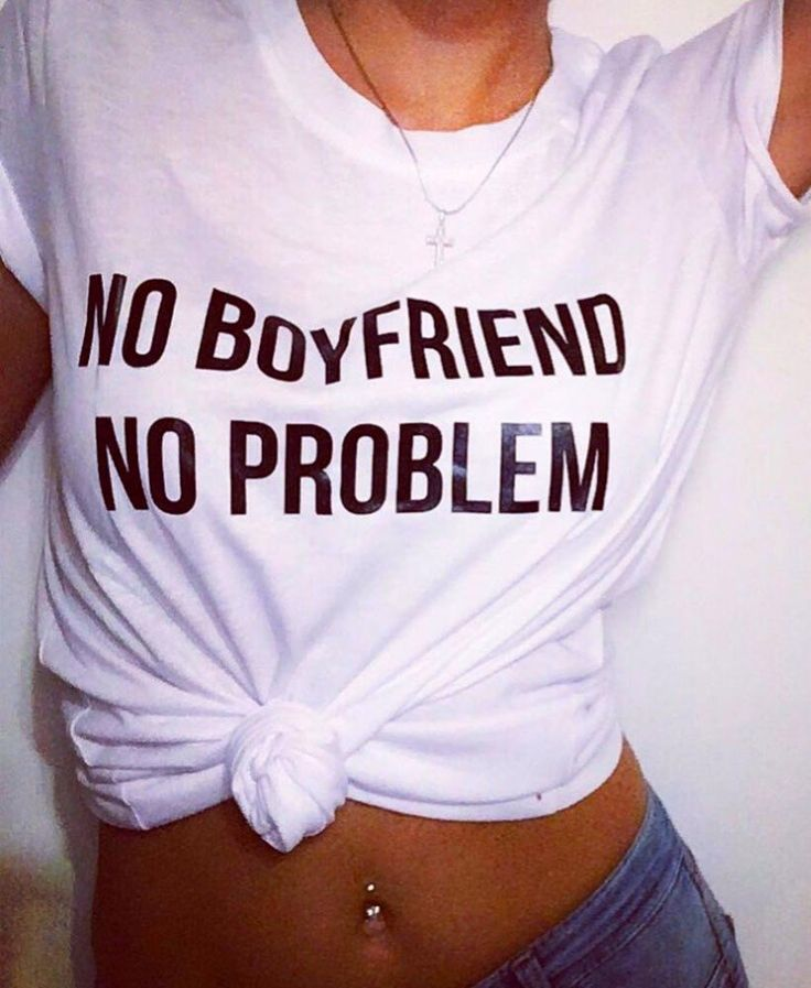 To look effortlessly stylish wear No Boyfriend No Problem print t-shirt on ! That will make you feel stylish and awesome. Available in 2 colors. Material: Cotton, Polyester, Spandex Size: XS, S, M, L,