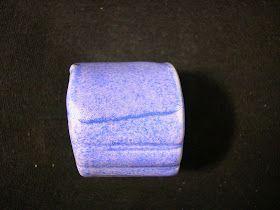 neph. syénite 65 dolomie 7 ox. de zinc 4 carb. calcium 5 china clay 7 silice 10 bentonite 2 cobalt 1 cône 6