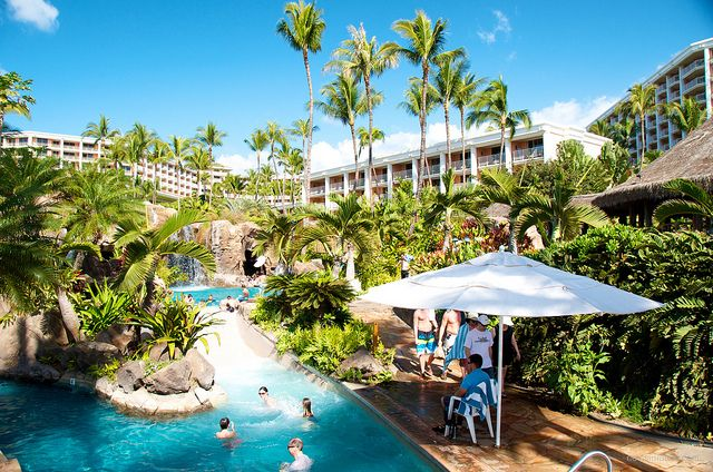 Best Family and Kid-Friendly Hotels in Hawaii - When you're looking for a great Hawaii hotel for the family vacation, it's easy to become overwhelmed with all the choices. In general you can't make a bad decision as most Hawaii hotels make great vacation bases whether you are looking for a romantic trip for two or a family fun vacation.