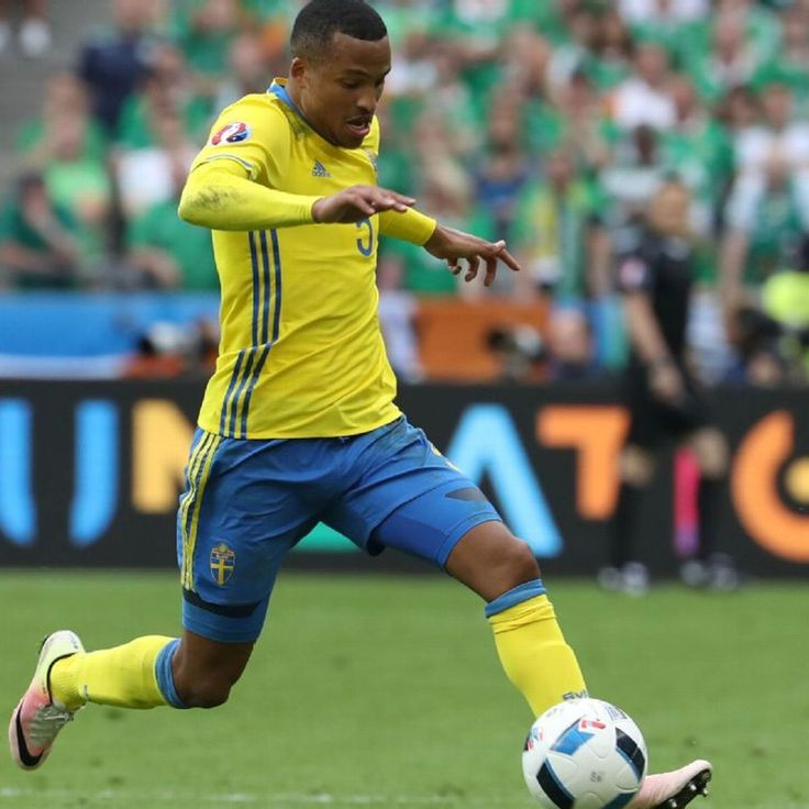 Martin Olsson a bright spot for unconvincing Sweden vs. Ireland