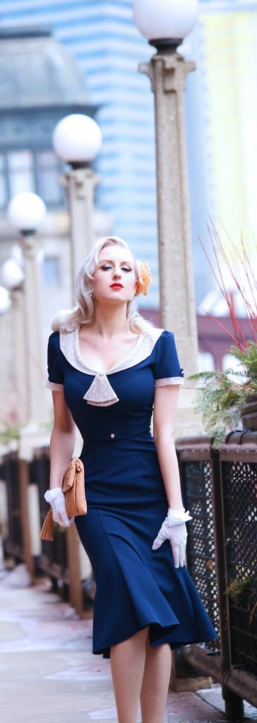 1930's/1940's navy & ivory dress inspired look...so pretty:)))