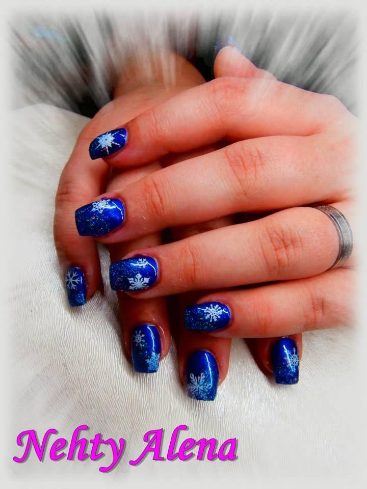 Nail design modré, vločky, zima, sníh, vánoce