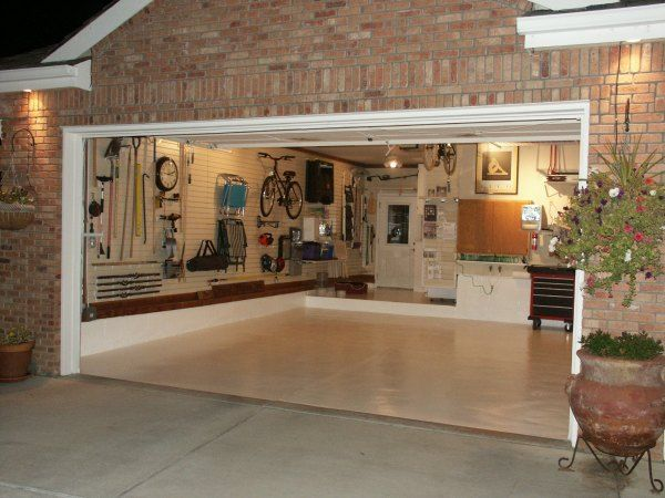 organized garage with everything off the floor! Is this even possible if you have a man in your life??  Lol