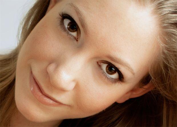 Photoshop tutorial – oogkleur omkleuren in je foto met Photoshop. www.fotografille.nl