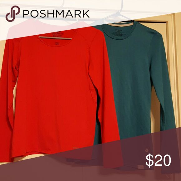 Patagonia long sleeve undershirts Very comfortable. Great condition Patagonia Tops Tees - Long Sleeve