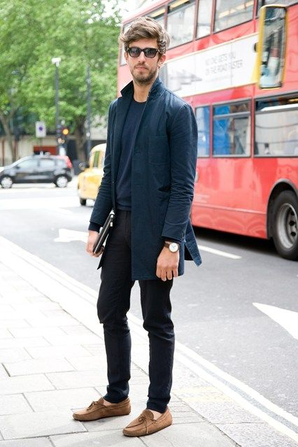 coat, t-shirt, skinnies and loafers