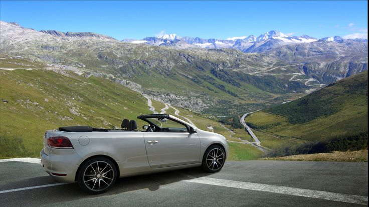 VW Golf VI Cabriolet in the hills (Furkapass)