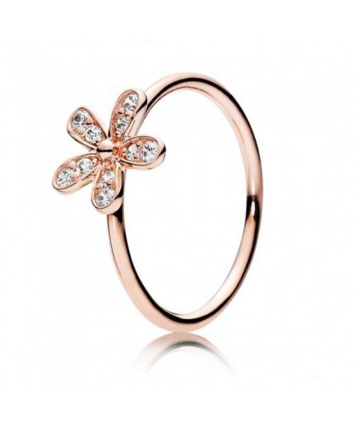 I Like This Pandora Rose Sparkling Daisy Ring ,It Look Beautiful