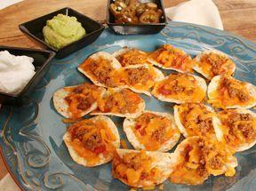 Easy Nacho Appetizer Recipe from RecipeTips.com!