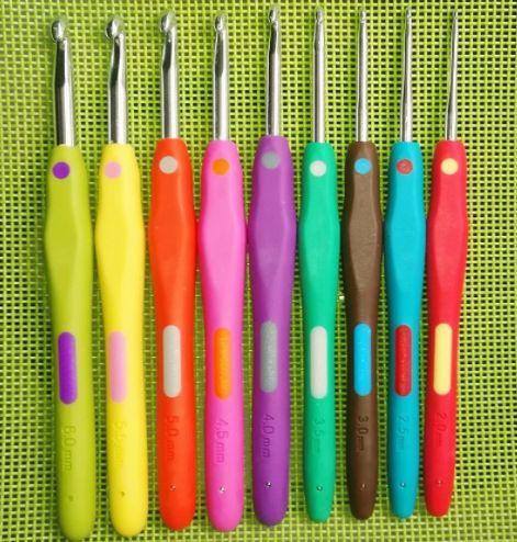 Набор крючков для вязания. Заказать такой набор крючков можно здесь - http://ali.pub/192ecx