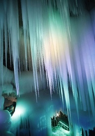Ice Cave in China ~ Photo: Carters News :)