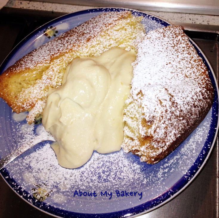 La crema al mascarpone per pandoro non è la solita crema, è veloce da fare ed è arricchita dal gusto del caffè che la rende unica! Provatela e non vi pentirete!