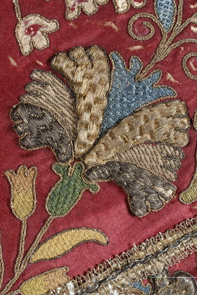 Silk fabric with metal thread embroidery; silk thread embroidery, 1633, Upper-Hungary.