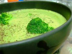 Rezept Variation von Broccolicremesuppe von Sambini - Rezept der Kategorie Suppen