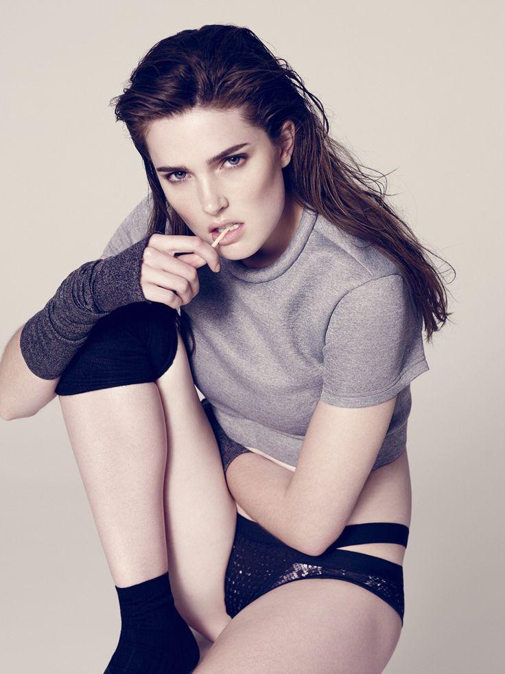 Jessica Wall for Cosmopolitan Spain