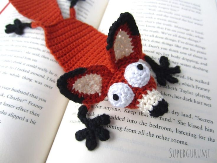 "Amigurumi Crochet Fox Bookmark - ""Book Fox"" - Supergurumi"