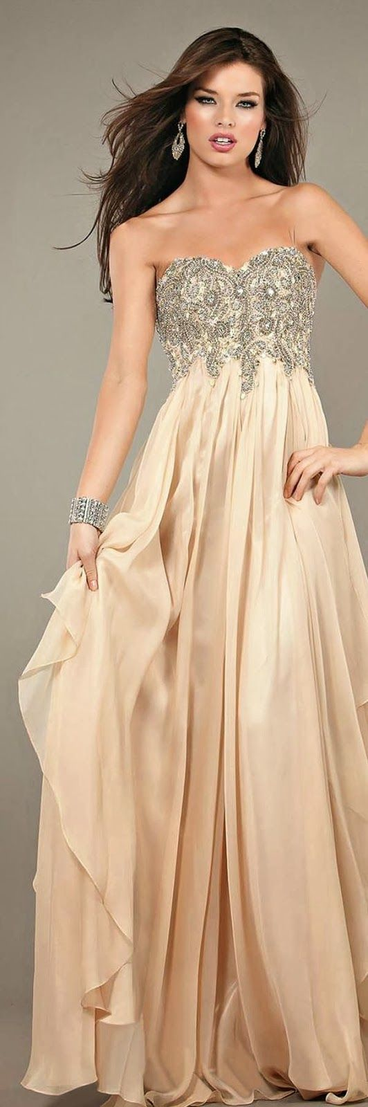 Gorgeous Party Maxi Dress. Beige/Nude Dress.  Style. Fashion.  Long Dress.