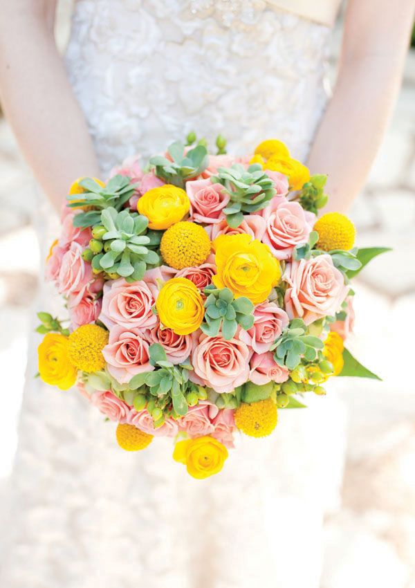 succulent, rose, billy ball, and ranunculus bouquet by Uptown Flowers, photographed by Elissa R Photography