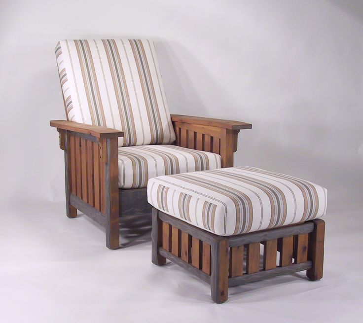 Washoe Lounge Chair & Ottoman - outdoor furniture in the Craftsman style.