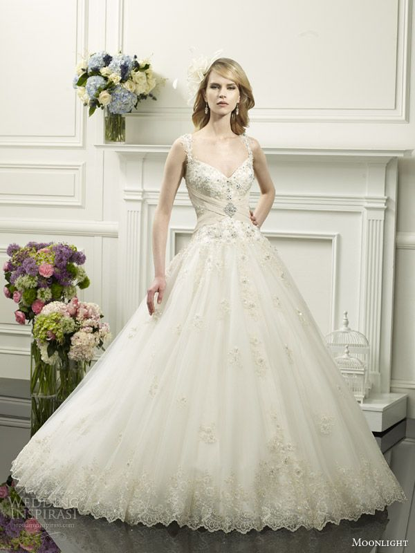 White and Gold Wedding. Sweetheart Corset Ballgown Dress. Moonlight Couture Spring 2014 Wedding Dresses   Wedding Inspirasi