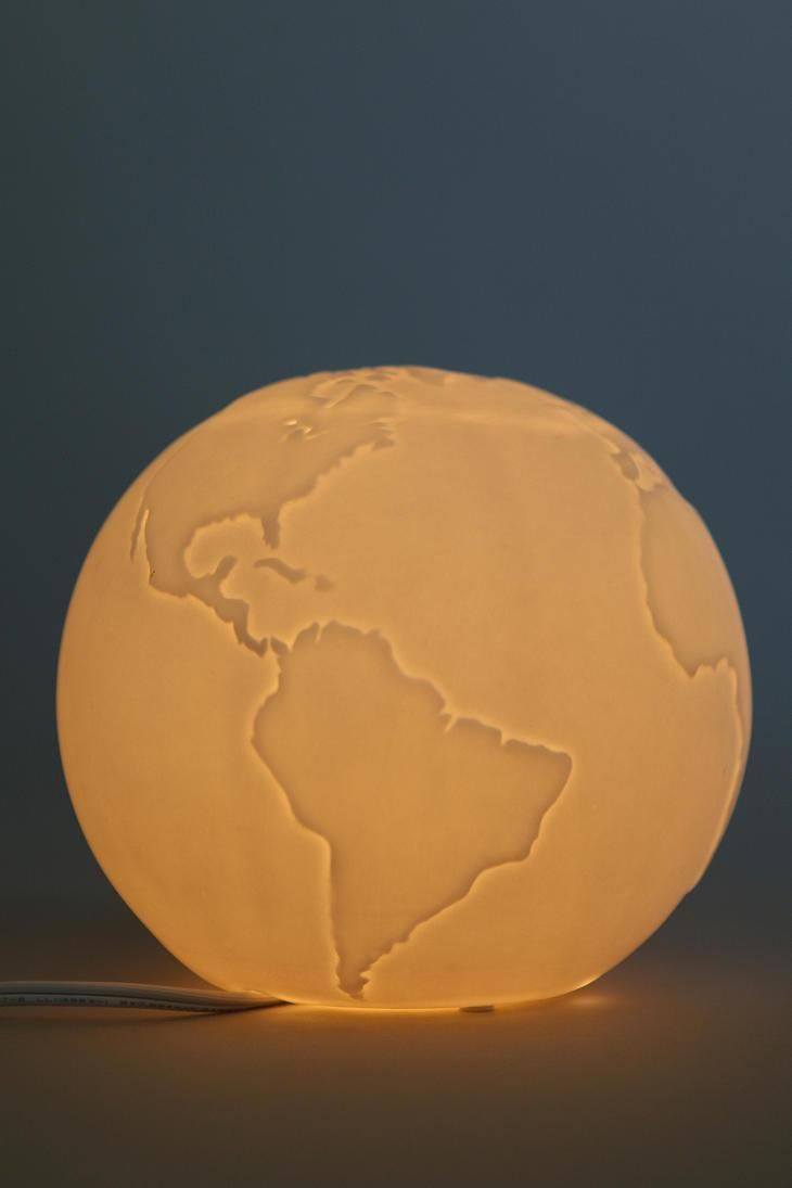 Globe Table Lamp #urbanoutfitters