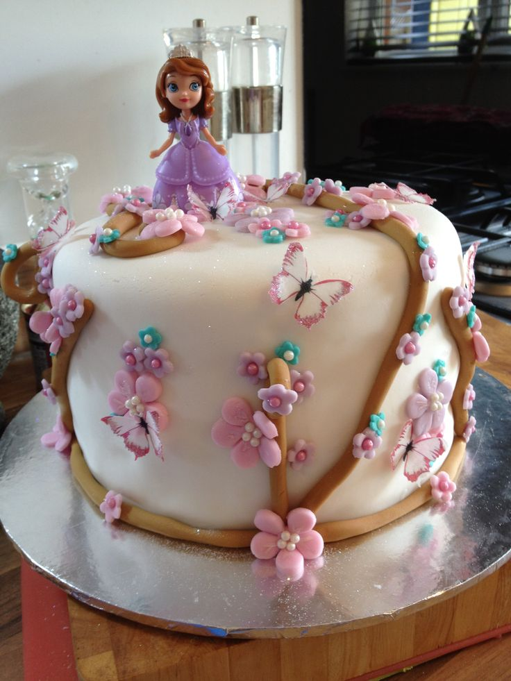 Torta Princess Sofia - idea torta - regalo - smash the cake - cake design - fotografie bambini - torta compleanno