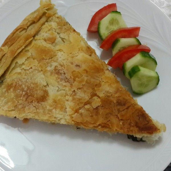 İstanbul'da Arnavut Böreği isimli Mutfağımızdan; Pırasalı Börek