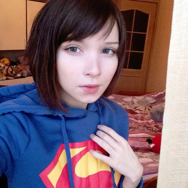 Katya Lischina in a Superman hoodie. (Supergirl!)