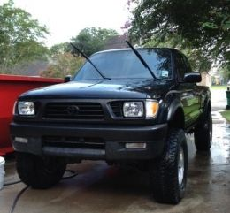 1997 Toyota Tacoma Ext. Cab by kigmob http://www.truckbuilds.net/1997-toyota-tacoma-ext-cab-build-by-kigmob