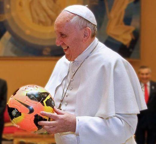 Auguro a tutti uno splendido Mondiale di Calcio, giocato con spirito di vera fraternità.  Papa Francesco @Pontifex_it 12/06/2014