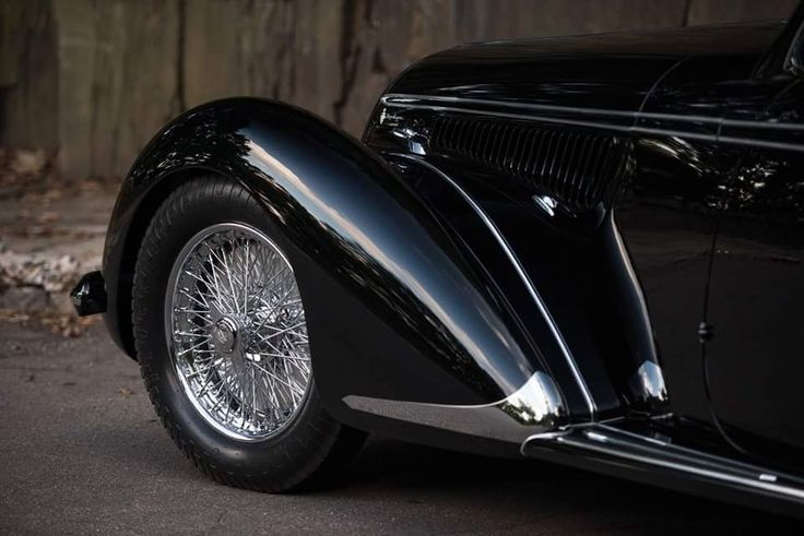 1939 Alfa Romeo 8C 2900B, powered with a supercharged eight cylinder engine that can hit 110 miles per hour.  Only 12 were made.  Estimated price between 20 Million and 25 Million US Dollars.  Photos by Darin Schnabel