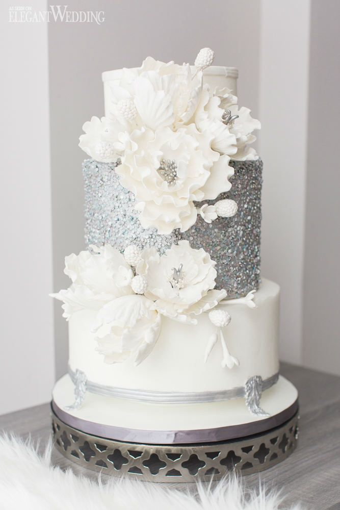 elegant white and silver wedding cakes best 25 glitter wedding cakes ideas on silver 13999