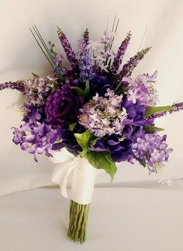 Purple-Winter-Wedding-Bouquet1.jpg (371×509)