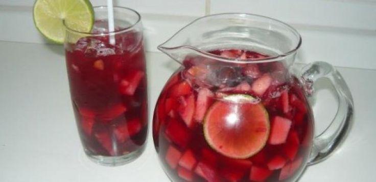 Dica para você: Receita de Sangria Espanhola. Compartilhe com amigos!