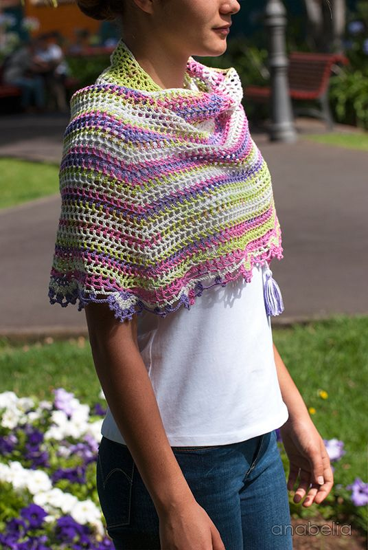 Light summer crochet shawl - pattern -  Anabelia Craft Design #crochet #shawl #pattern