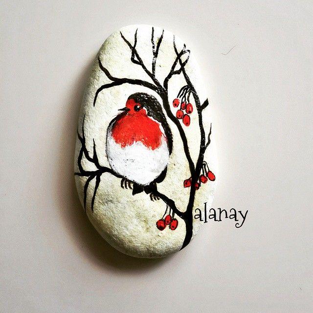#alanay #geridönüşüm #boyama #akrilikboya #resim #stonepainting #taşboyama #painting #stone #taş #recycling #kuş #günaydın #goodmorning Günaydın dostlar Mutlu bir gün olsun her birimize.tasasız ,neşeli ve sağlıklı olabileceğimiz