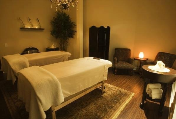 RELAX YOURSELF IN THE WOODHOUSE DAY SPA... (USA)  Every knowledge of this exceptional place of relaxation here: http: // www.black-in.com/sorties-loisirs/evenem ent/ephemere/detendez-vous-au-woodhouse-day-spa-usa/