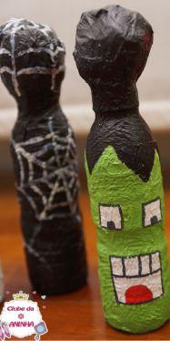 Boliche assustador. Feito com material reciclado e ideal para animar as crianças nas festas do Dia das Bruxas (Halloween). Decoração para crianças.   #manualidades #diy #artesanato #handcraft #halloween #diadasbruxas