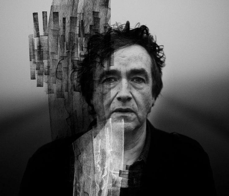 «Jean-Louis Murat», mai 2014.  «C'était lors d'une séance photo pour faire la pochette de son avant-dernier album. La prise de vue a eu lieu, dans la brume, au  Col de Diane, au fin fond de l'Auvergne, ma région. Ce n'était peut-être pas l'image de lui qu'il souhaitait, mais j'étais content.»