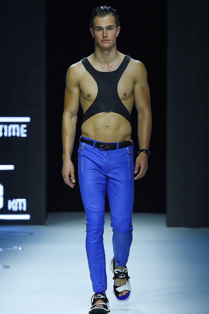 The Hottest Male Models From Milan Men's Fashion Week - Elle