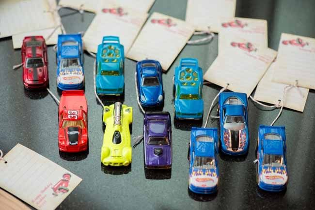 COOL favor idea for vintage race car birthday party www.spaceshipsandlaserbeams.com