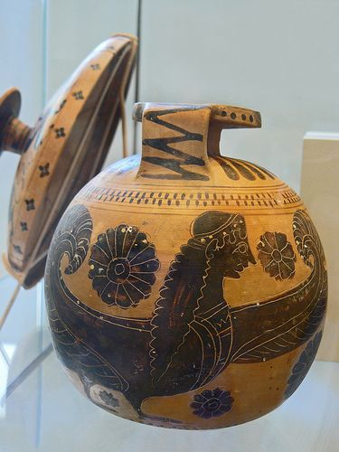 an essay on ancient greek pottery Pottery arts and humanities  essay by dr renee m gondek  introduction to ancient greek art this is the currently selected item introduction to greek architecture the classical orders greek architectural orders olympic games victorious athlete: the vaison daidoumenos.