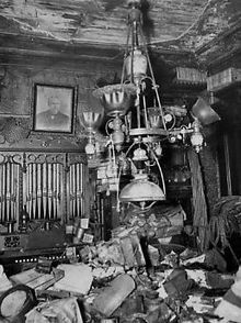 Collyer brothers - hoarders that died in their house. Langley died when newspapers fell on him while he was trying to get food to his disabled brother, who died several days later of neglect. The smell attracted police, who found the dead disabled brother but could not find Langley. A man-hunt around several states resulted in no leads. After clearing part of the house, police finally found his body only ten feet away from where his brother's body was found.