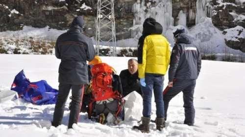 Toscana: Quattro #alpinisti #spezzini morti nel crollo della cascata di ghiaccio / FOTO (link: http://ift.tt/2kBE78s )