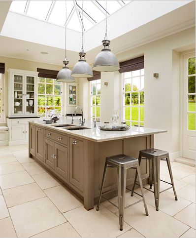 Lovely island unit with statement lighting - Martin Moore