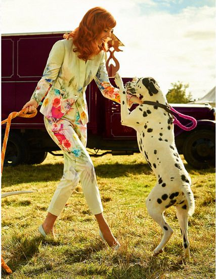 Ted Baker, vestidos y trajes femeninos Ted Baker. vestidos para invitadas. Moda mujer. CharHadas.com