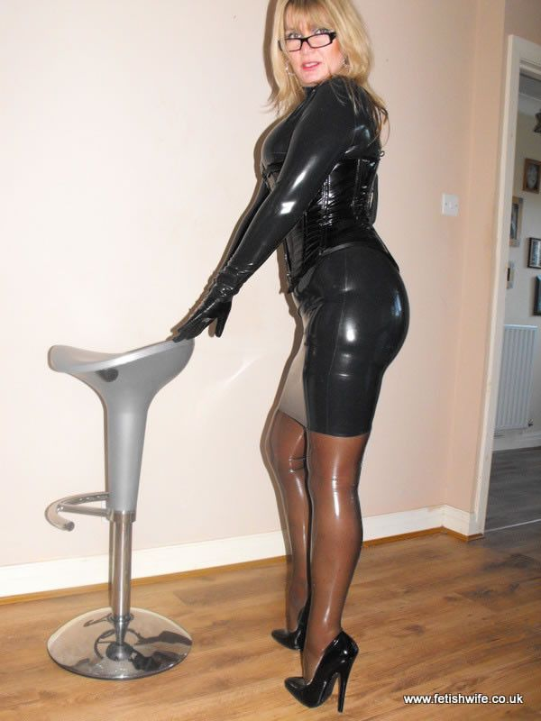 the 718 best images about hot on pinterest stockings latex catsuit and nina hartley. Black Bedroom Furniture Sets. Home Design Ideas