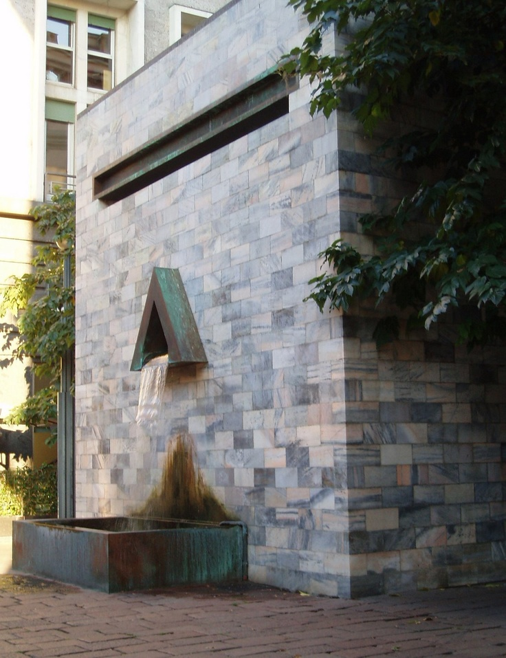 THE ITALIAN PIAZZA: Aldo Rossi: Monument to Sandro Pertini, Milan
