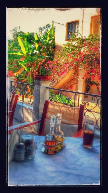 George and Elenas restaurant Pssaras Corfu