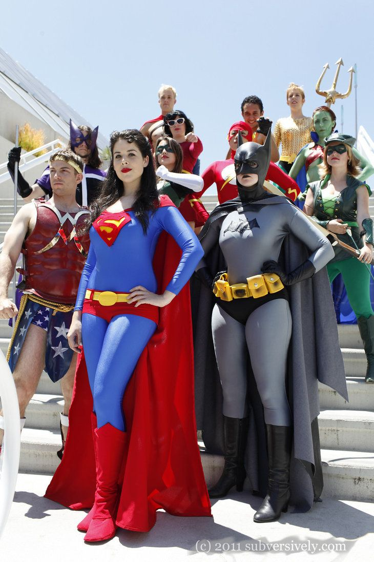The Gender-Bent Justice League! Featuring Super Ma'am, Bat Ma'am, Wonder Man, the Hunter, Olive Queen, and various others. <--- The Hunter.... lol so funny